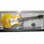 Mini Guitarra Elétrica Les Paul (Cristal)
